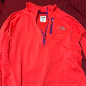 North Face running pull over